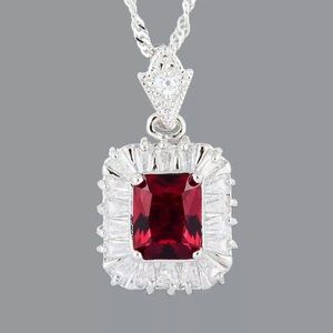 Jewelry - NEW! Gorgeous 18kt white gold plated necklace